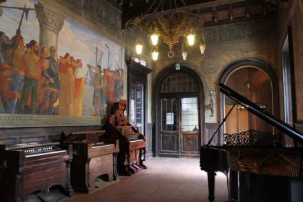 Affreschi-di-Guido-Bragadini-Palazzo-Raimondi-958x638